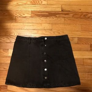 Dresses & Skirts - Button up black jean skirt